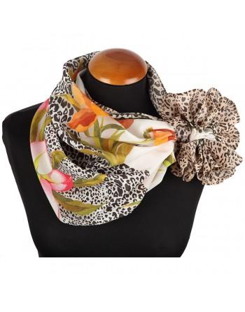 esarfa-batic-basma-din-matase-naturala-89x89cm-originala-pavlovo-posad-rusia-model-floral-pe-fundal-crem