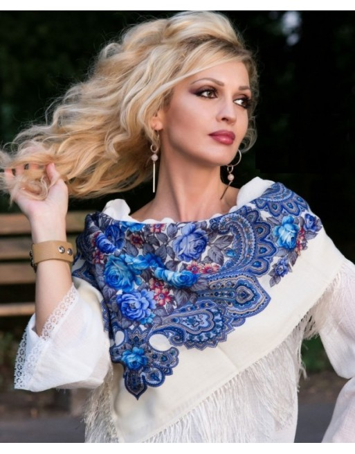 batic-esarfa-sal-din-lana-89x89cm-original-pavlovo-posad-rusia-model-neznakomka-multicolor-pe-fundal-alb-779-0